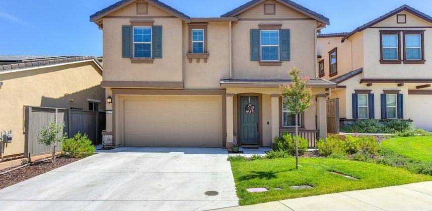 8037 Avanti Dr, El Dorado Hills, CA